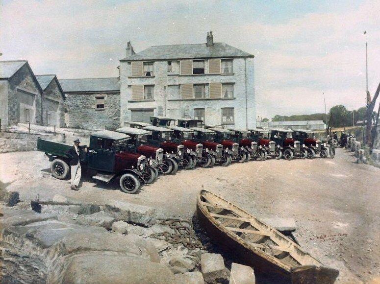 37390 Heavy Transport Lorries At Charlestown